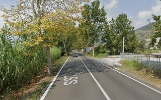Latina, polizia su via Appia per incidente mortale: ma il ciclista riverso per strada stava dormendo