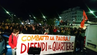 Una città intera in difesa della Pecora Elettrica: migliaia in piazza a Centocelle