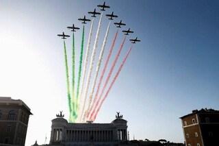 Festa delle Forze Armate Roma: il 4 novembre lo spettacolo delle frecce tricolori su Piazza Venezia