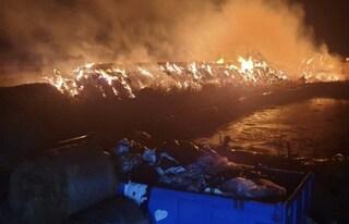 Incendio ad Aprilia: maltempo, fulmine cade su un fienile durante il temporale