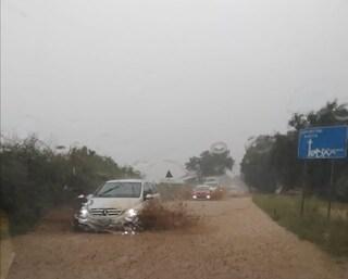 Ondata di maltempo sul litorale laziale: strade allagate, scuole e uffici chiusi ad Anzio