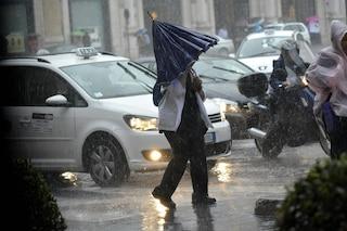 """Roma, allerta meteo venerdì 13 dicembre. Il Campidoglio: """"Scuole e parchi chiusi"""""""