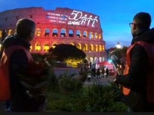 Il Colosseo rosso per i 50 anni dell'Ail