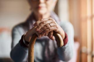 A 98 anni sconfigge il Covid e diventa ricca grazie a un buono postale di 34 anni fa