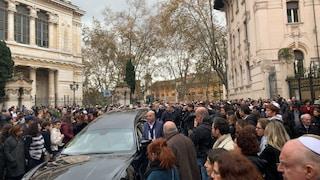 A Roma i funerali di Piero Terracina, tra gli ultimi sopravvissuti alla Shoah: presente Raggi