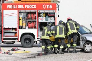 Incidente sulla via Tiberina, scontro tra mezzo pesante ed auto: due feriti