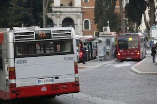 Roma, tempo medio di attesa alle fermate del bus è sceso da 20 a 16 minuti dal 2016 a oggi