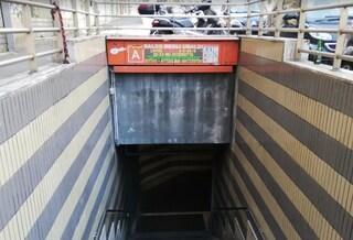 Metro A, riapre Baldo degli Ubaldi: era chiusa da 3 mesi, 6 scale mobili su 12 rimangono fuori uso