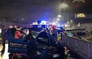 Incidente sulla Tangenziale, auto contro camion del lavori stradali del Comune di Roma