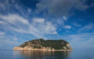 La leggenda di Zannone: l'isola delle orge e di un drammatico duplice omicidio