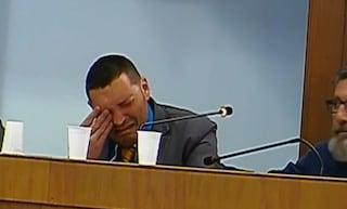 Nettuno, via 'resistenza' e 'antifascismo' da mozione Segre: consigliere comunale in lacrime