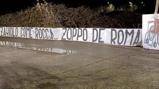 """Striscione di insulti a Niccolò Zaniolo a Trigoria, la figlia di Francesco Rocca: """"Mi fate schifo"""""""