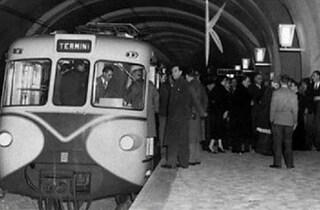 Il 9 febbraio del 1955, 65 anni fa, fu inaugurata la Metropolitana di Roma: era la prima in Italia
