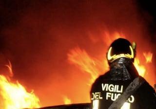 Esplosione con incendio in una roulotte ad Alatri: morto un uomo