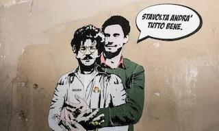 """Giulio Regeni abbraccia Zaki in un murales su via Salaria: """"Stavolta andrà tutto bene"""""""