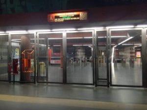 Metro A chiusa