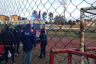 Castelli Romani, rissa tra tifosi al derby tra Vjs e Real: uomo colpito alla testa da un 16enne