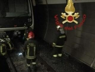 Roma, 33enne investito metropolitana alla stazione Manzoni: stop alla linea A