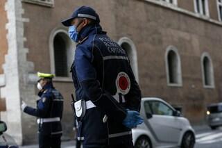 Coronavirus Roma, due vigili urbani contagiati: chiusi i comandi di Tuscolano e Tor Bella Monaca
