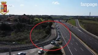 Coronavirus Roma, i controlli stradali anche sul Raccordo: auto incolonnate e fermate una per una
