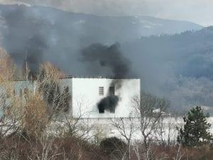 Un momento della rivolta di ieri nel carcere di Rieti