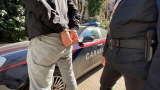 Spaccio di droga, arrestati tre ex carabinieri: erano stati espulsi dall'Arma per lo stesso reato