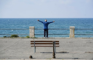 Fase 2, riaprono palestre e stabilimenti balneari: via libera della Regione Lazio