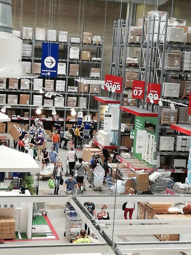 Foto scattata alle casse di Ikea Porta di Roma