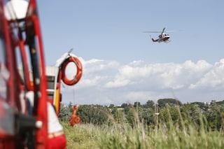 Roma, aereo Cessna biposto precipita nel Tevere: salvo il pilota, disperso l'allievo