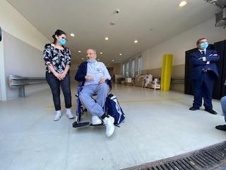 """Dimesso Vincenzo, il paziente arrivato a Roma da Bergamo in fin di vita: """"È il nostro Lazzaro"""""""