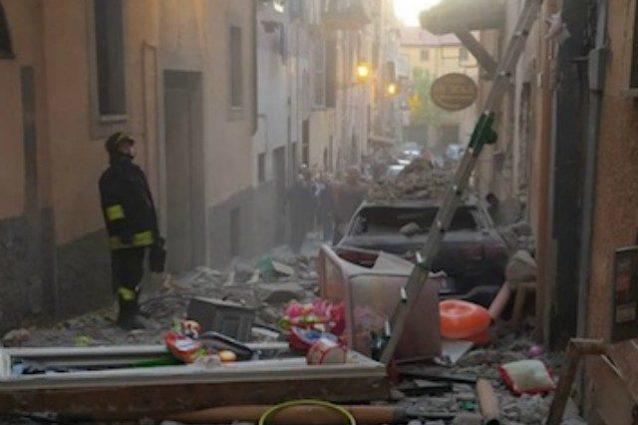 Le immagini dell'esplosione a Marino. Fonte: IlMamilio.it