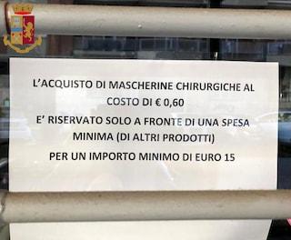 """Denunciato un farmacista: """"Mascherine a 60 centesimi solo per chi spende 15 euro"""""""