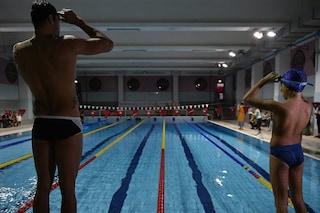 Dal 25 maggio riaprono le piscine nel Lazio: vietato sputare in acqua, 7mq per ogni nuotatore