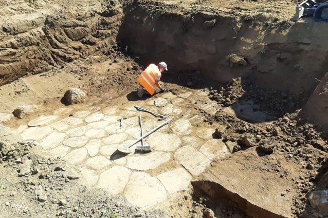I resti di mura venuti alla luce sulla Tiburtina