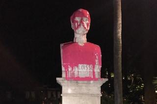 """Roma, vernice sul busto del generale: """"Simbolo di violenza razzista e colonialismo"""""""