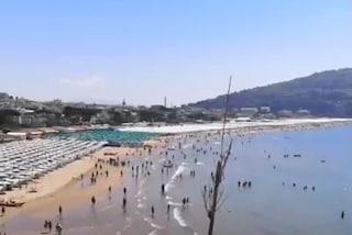 """Covid non ferma le vacanze, a Gaeta folla di turisti: """"Numeri che vediamo di solito ad agosto"""""""
