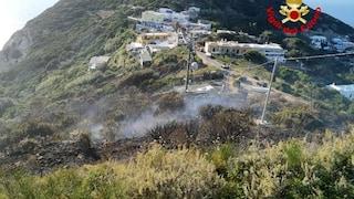 Incendio sull'isola di Ponza, distrutti due ettari di macchia mediterranea