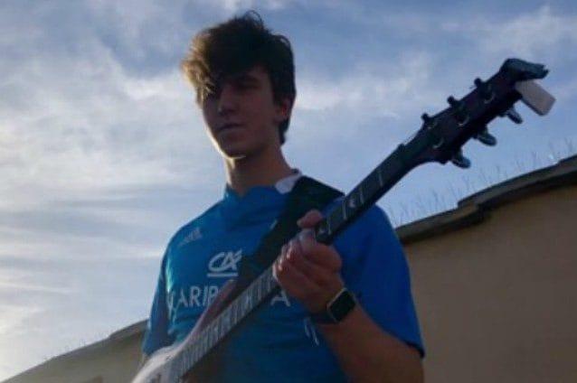 Il giovane chitarrista Jacopo Mastrangelo