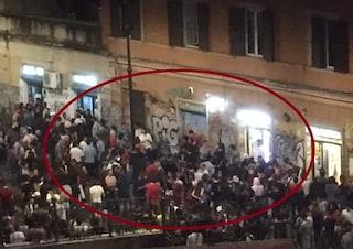 Troppi assembramenti, chiuse le piazze della movida a Roma: da Trastevere a San Lorenzo