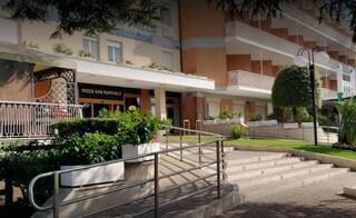 Nuovo cluster all'IRCCS San Raffaele Pisana: tre persone positive al coronavirus