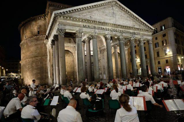 L'inaugurazione della nuova illuminazione del Pantheon