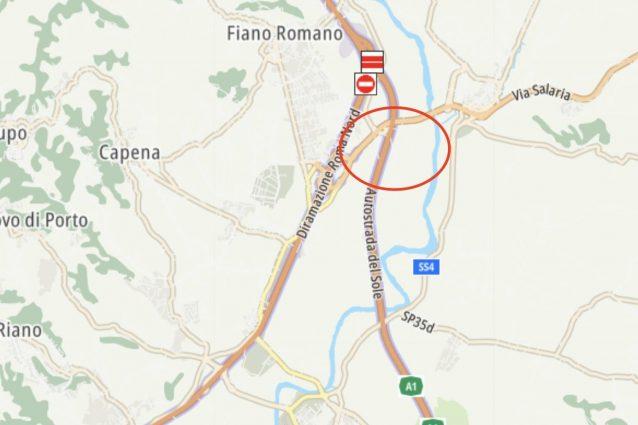 Foto Autostrade per l'Italia. Il cerchio rosso indica il luogo dove si è verificato l'incidente