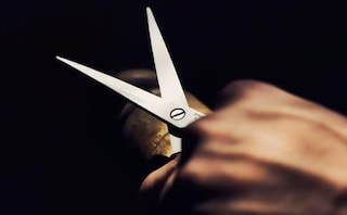 Tentato omicidio a Ferentino, ferisce il compagno con le forbici: soccorso in codice rosso