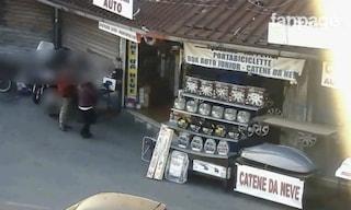 Sette arresti per estorsione, usura e riciclaggio: la base della banda nel mercato di Porta Portese