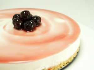 Come decorare la torta fredda allo yogurt