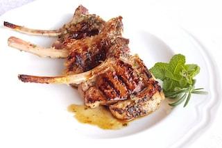 Costolette di agnello marinate: un secondo gustoso in poche mosse