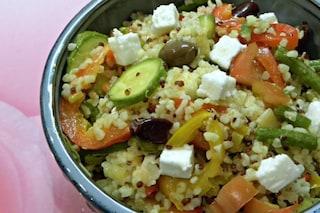 Quinoa con verdure e queso messicano: ricetta vegetariana