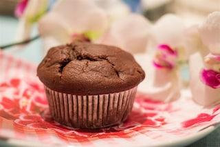 Muffin al cioccolato: la ricetta per prepararli morbidi e gonfi