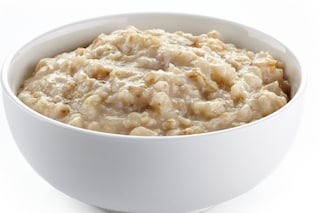 Porridge d'avena: la ricetta per una colazione inglese