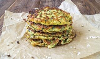 Frittelle di zucchine: la ricetta facile e veloce da preparare